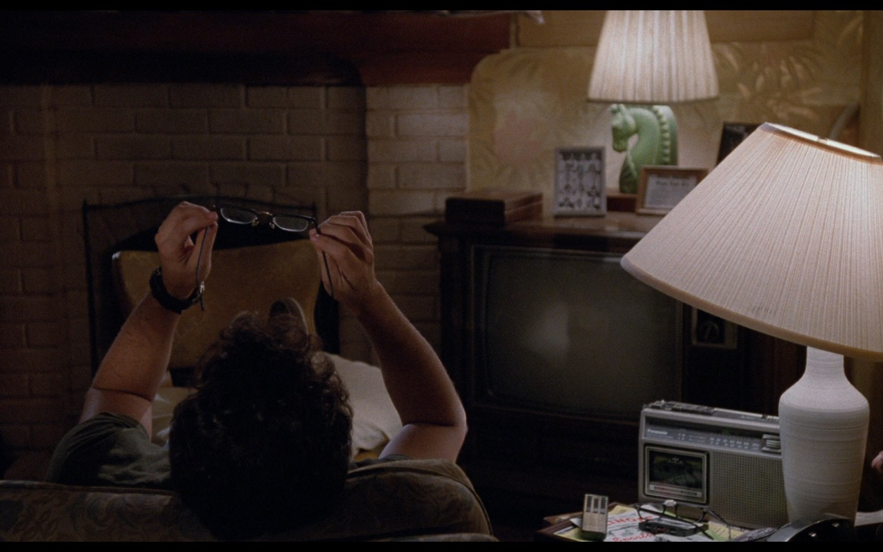 Panasonic Cassette Player – Nothing in Common (1986) Movie Product Placement
