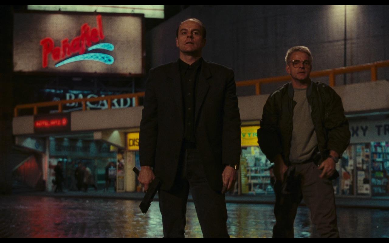 Penafiel, Hotel Ritz, Kodak, Bacardi – Total Recall (1990) Movie Product Placement