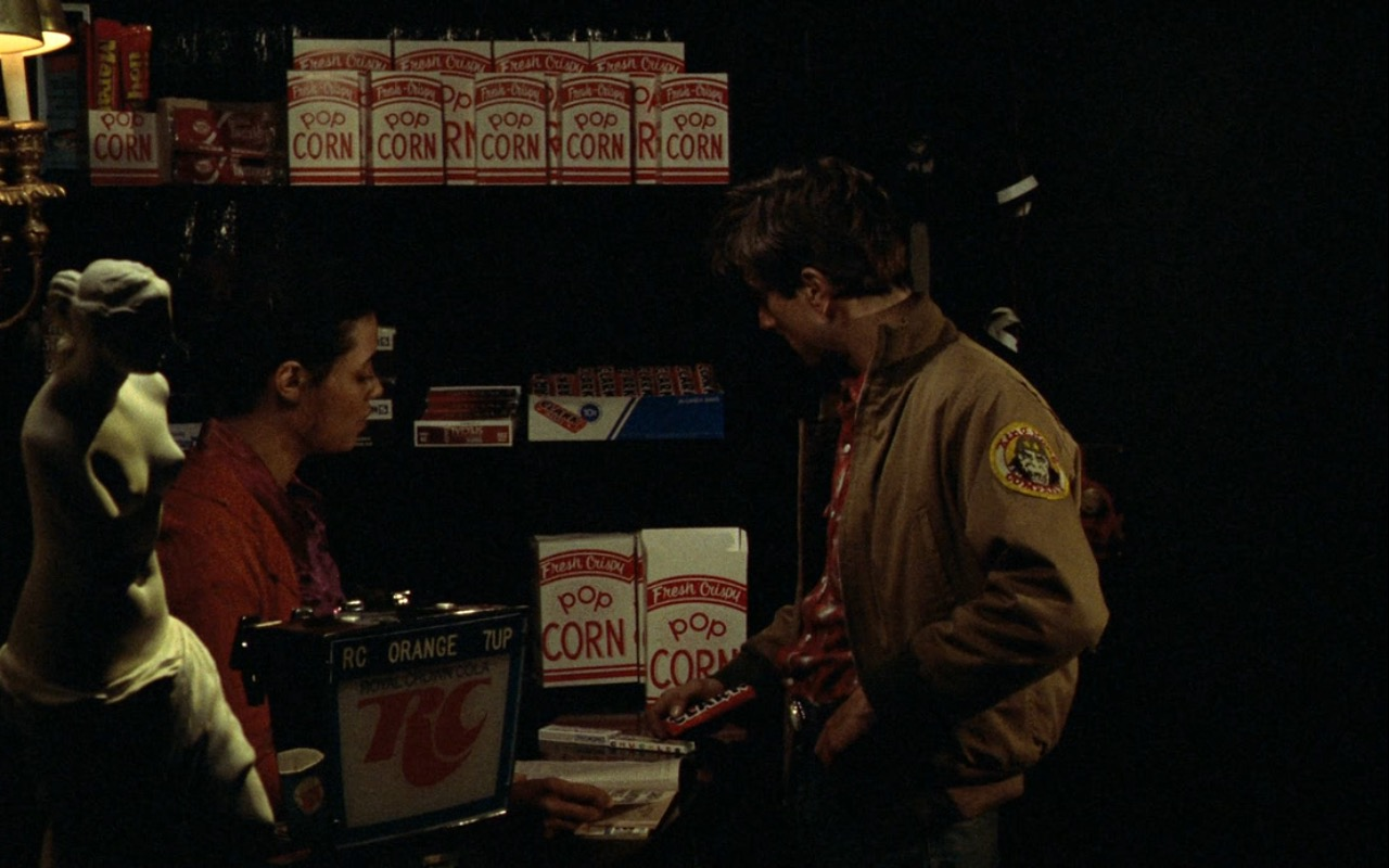 RC Cola And Clark Chocolate Bar – Taxi Driver (1976) Movie Product Placement