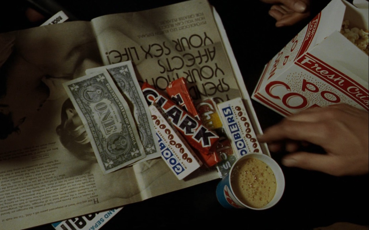 RC Cola, Clark Chocolate Bar And Goobers Candies – Taxi Driver (1976) Movie Product Placement