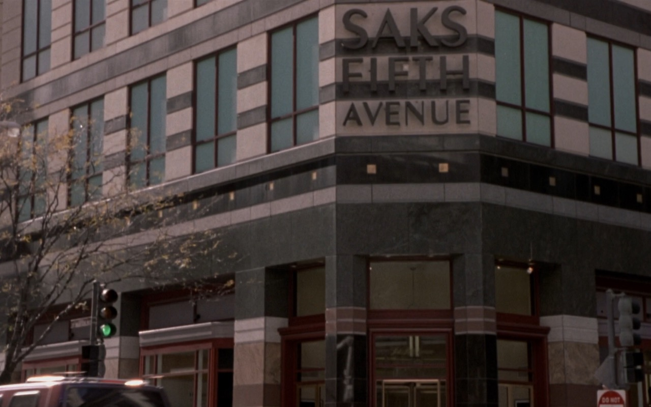 Saks Fifth Avenue Store – What Women Want (2000) Movie Product Placement
