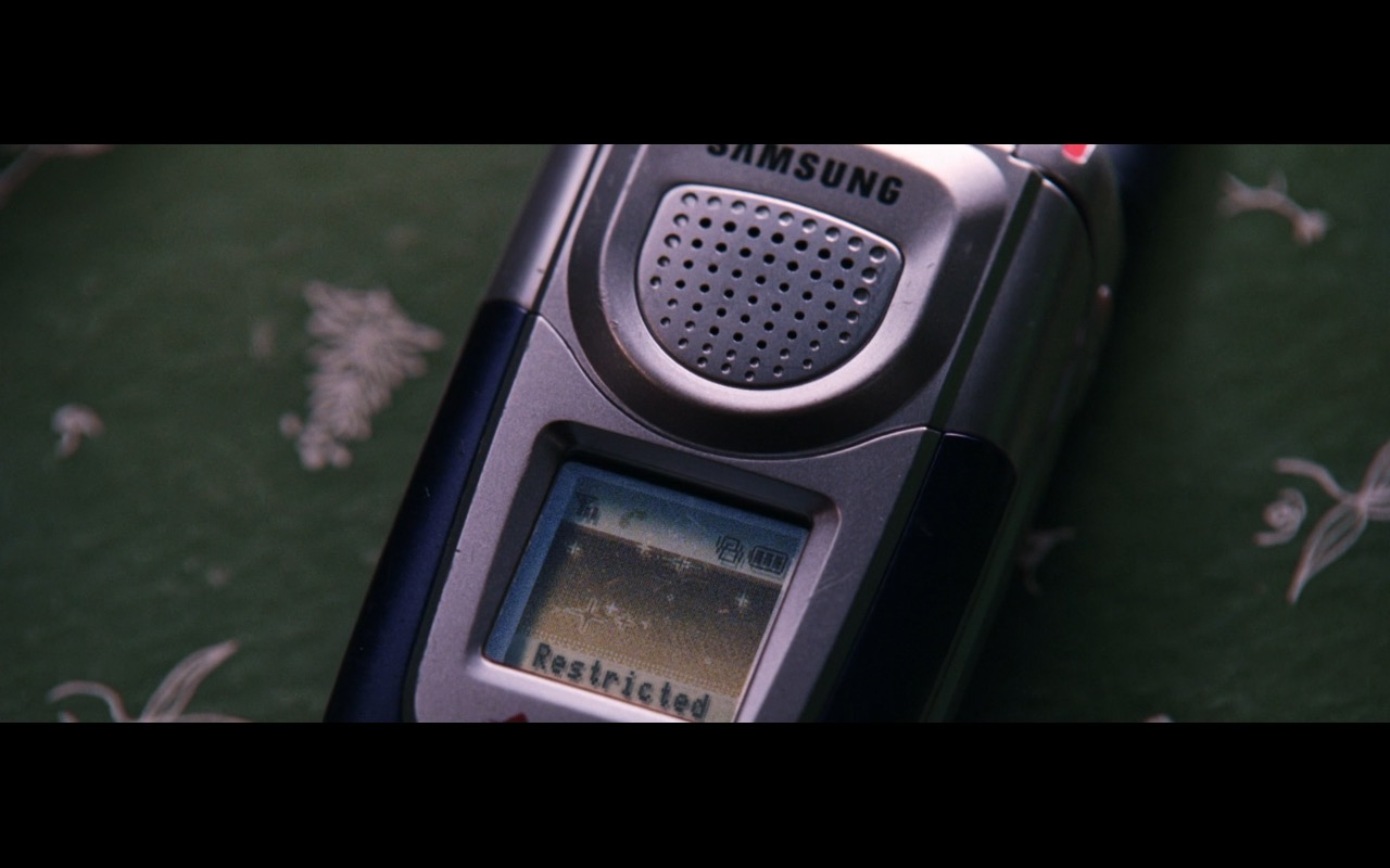 Samsung Mobile Phone – The Departed (2006) Movie Product Placement