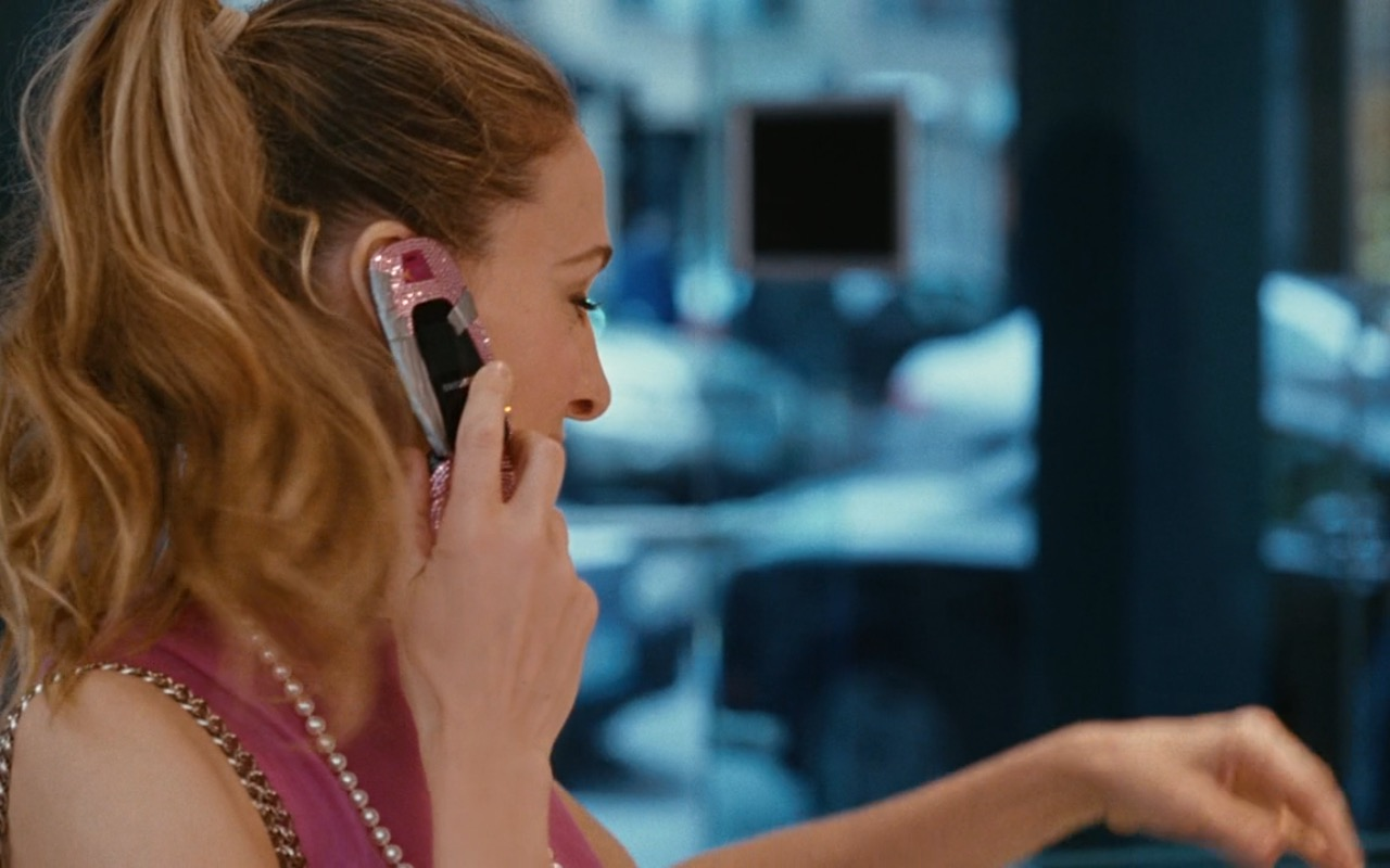 Samsung Phone - Sex and the City (2008) Movie Product Placement