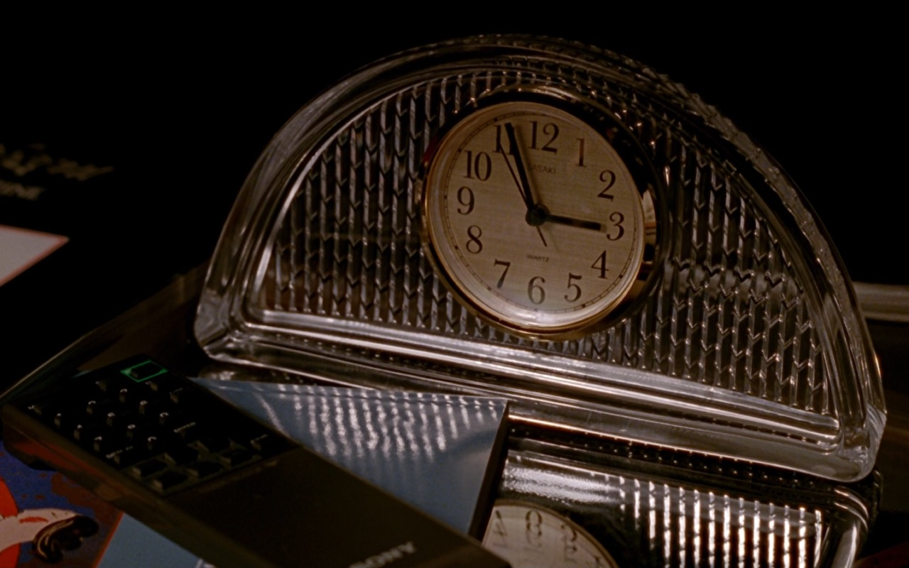 Sasaki Quartz Clock – Pretty Woman (1990) Movie Product Placement