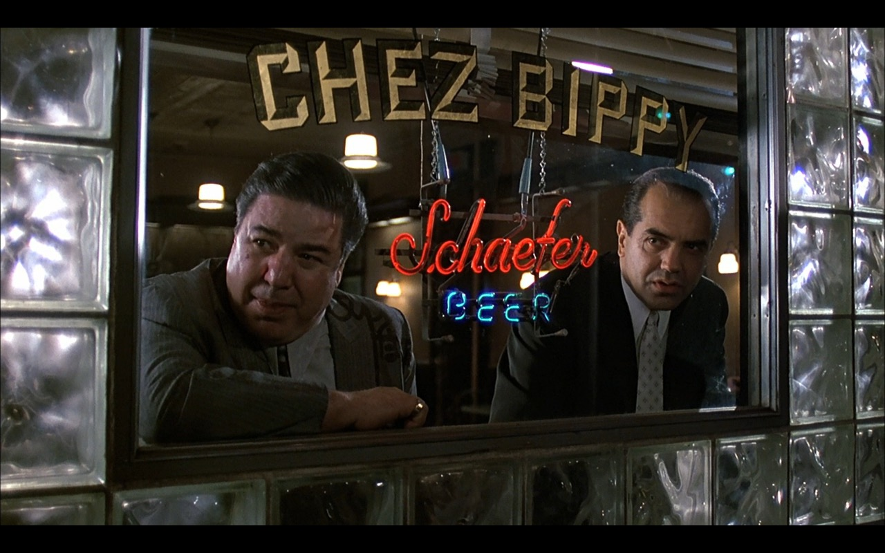 Schaefer Beer Neon Sign – A Bronx Tale (1993) Movie Product Placement
