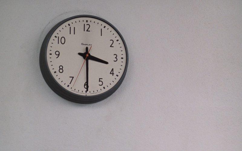 Simplex Wall Clock – Risky Business (1)