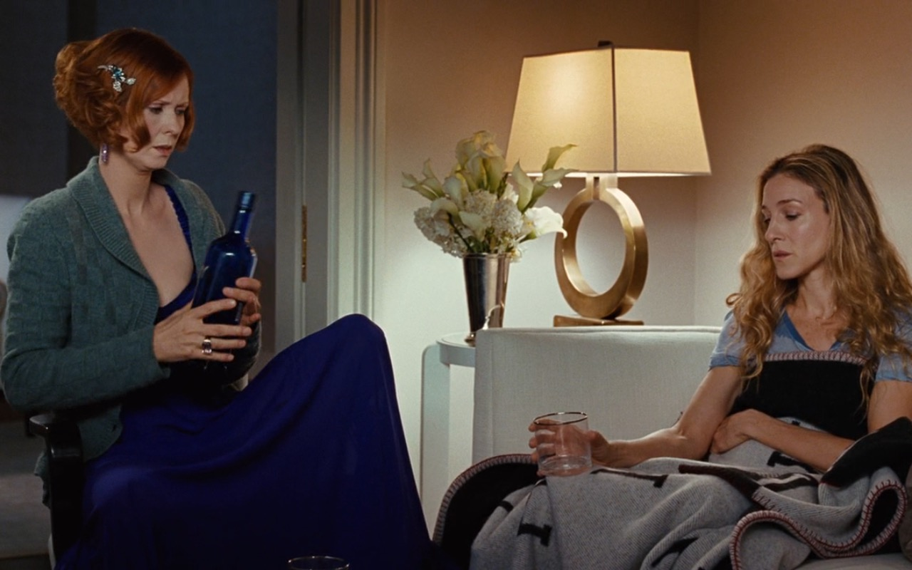 Skyy Vodka And Hermes Blanket – Sex and the City (2008) Movie Product Placement