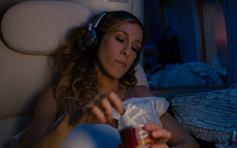 Sony Headphones and Pringles Chips – Sex and the City 2 (2)