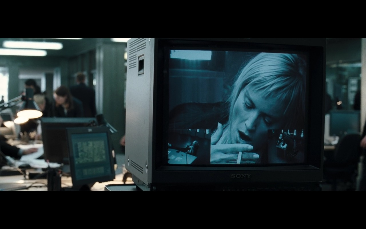 Sony Monitor/TV - Basic Instinct 2 (2006) Movie Product Placement