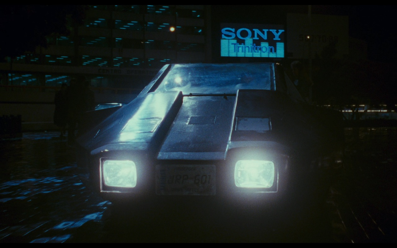 Sony Trinitron – Total Recall (1990) Movie Product Placement