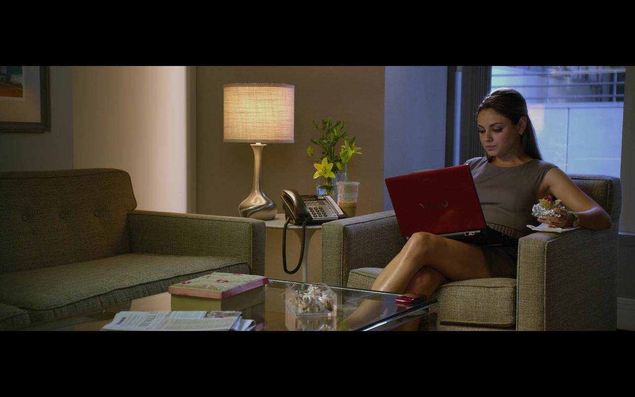 Sony Vaio Red Notebook – Friends with Benefits (2011) Movie Product Placement