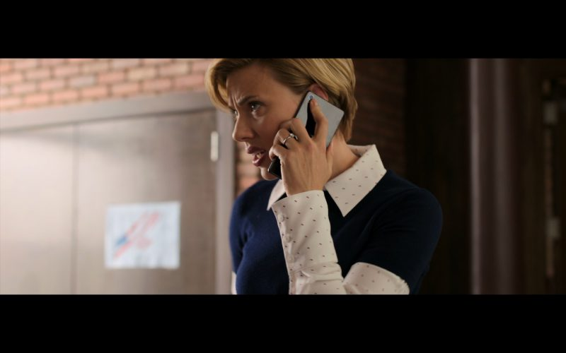 Sony Xperia Phone Used by Scarlett Johansson in Rough Night (1)