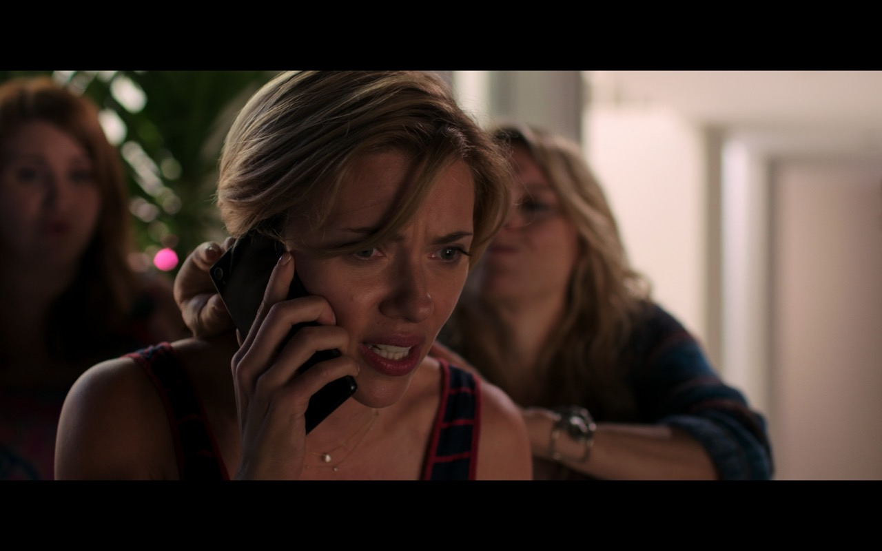 Sony Xperia Phone Used by Scarlett Johansson in Rough Night (2017) Movie Product Placement