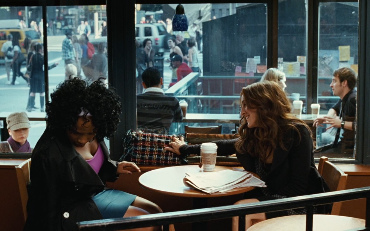Starbucks And Chanel Bag – Sex and the City (2008) - Movie Product Placement