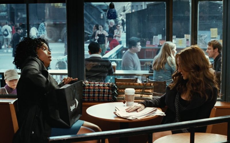 Starbucks, Chanel Bag and Sprint Paper Bag – Sex and the City 2008 (1)