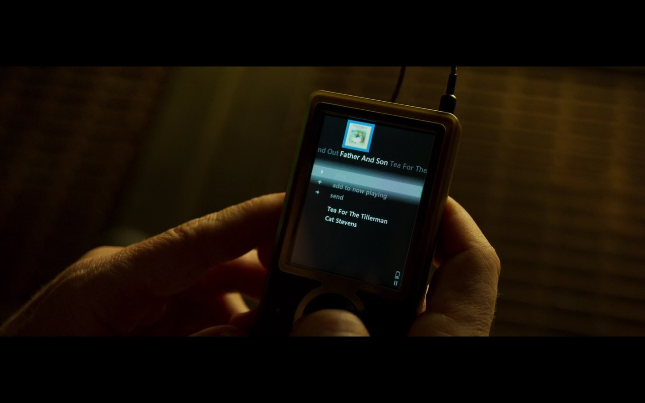 Zune Portable Media Player – Guardians of the Galaxy Vol. 2 (2017) Movie Product Placement