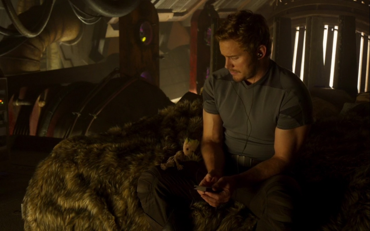 Zune Portable Media Player – Guardians of the Galaxy Vol. 2 (2017) - Movie Product Placement