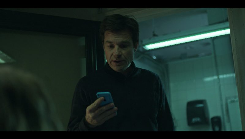 """Apple iPhone 5C Used by Jordana Spiro in Ozark """"Coffee, Black"""" (2017) - TV Show Product Placement"""