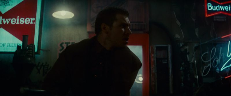 Budweiser And Schlitz Beer Neon Signs in Blade Runner (1982) - Movie Product Placement