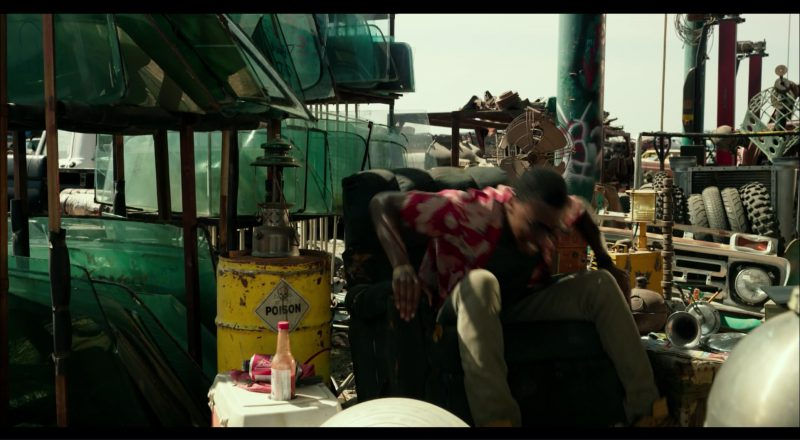 Budweiser Beer Cans in Transformers 5: The Last Knight (2017) - Movie Product Placement