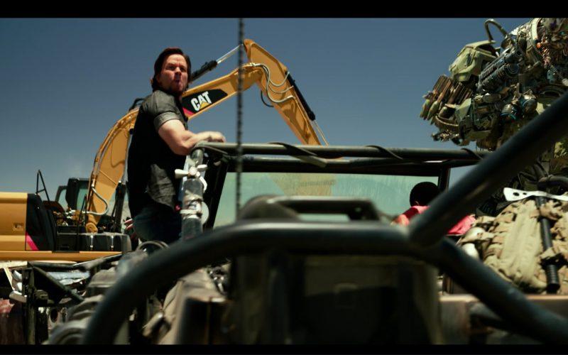 Caterpillar (Cat) ExcavatorAutobot in Transformers 5 The Last Knight (1)