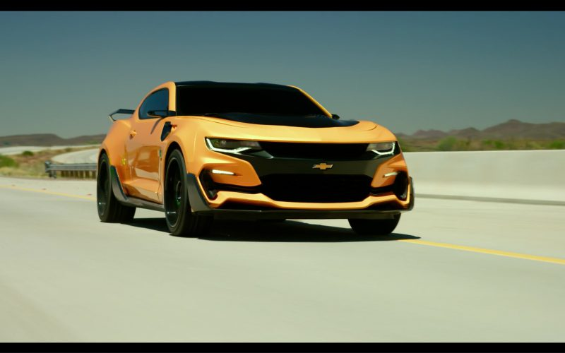 Chevrolet Camaro Car-Autobot in Transformers 5 The Last Knight (34)