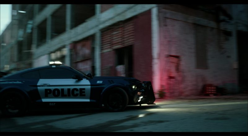 Ford Mustang Police Car/Autobot in Transformers 5: The Last Knight (2017) - Movie Product Placement
