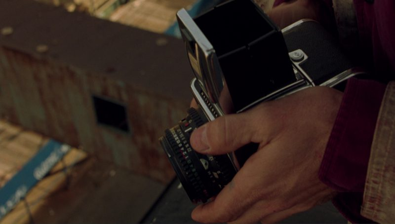 Hasselblad Camera Used by Viggo Mortensen in A Perfect Murder (1998) Movie Product Placement