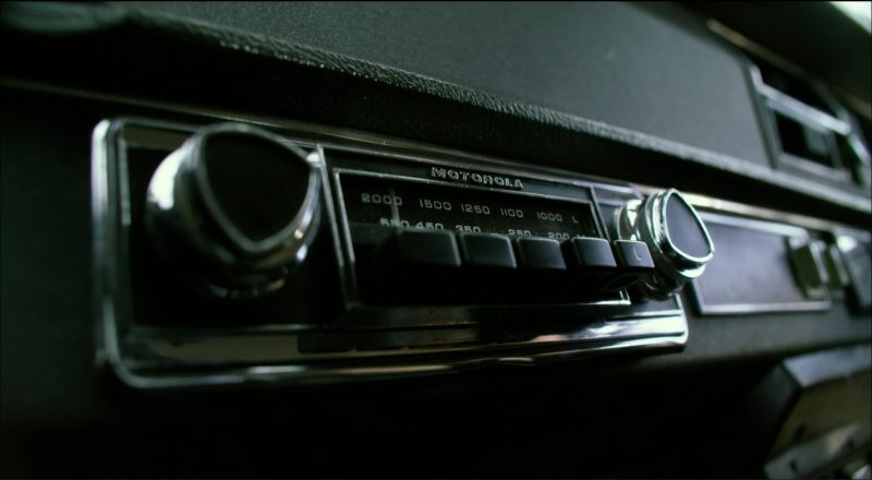 Motorola Car Audio in Transformers 5: The Last Knight (2017) - Movie Product Placement