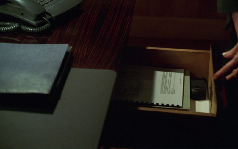 Motorola StarTAC Mobile Phone Used by Michael Douglas in A Perfect Murder (1)