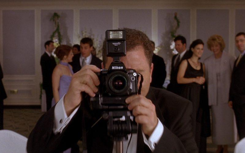 Nikon Photo Camera – Along Came Polly (2004)