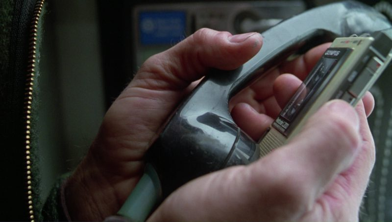 Olympus Dictaphone Used by Viggo Mortensen in A Perfect Murder (1998) Movie Product Placement