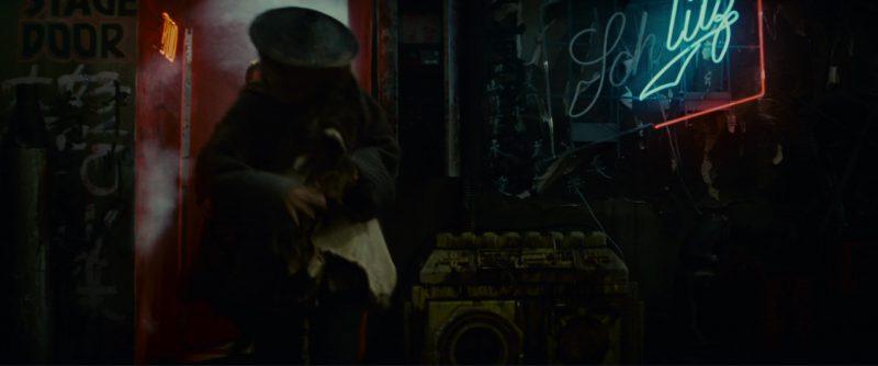 Schlitz Neon Sign in Blade Runner (1982) - Movie Product Placement