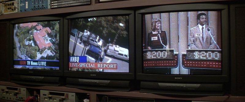 Sony TV in The People vs. Larry Flynt (1996) - Movie Product Placement