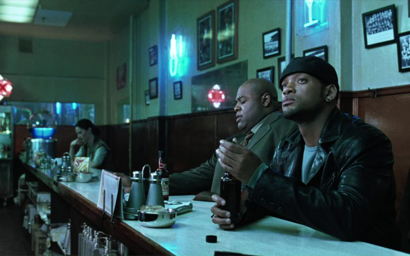 Tecate Beer Drunk by Will Smith and Chi McBride in I, Robot (3)
