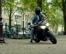 Triumph Speed Triple Motorcycle Driven by Ryan Reynolds in The Hitman's Bodyguard (3)
