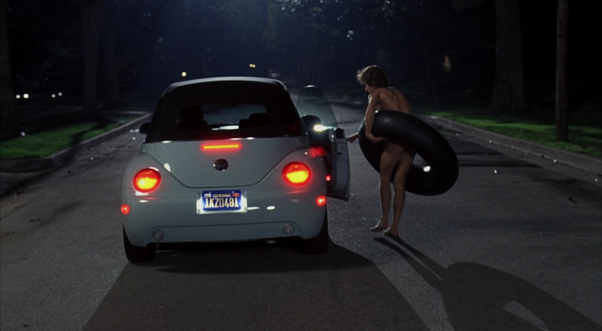 Volkswagen Beetle Cabriolet Car - The Girl Next Door (2004) Movie