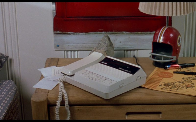 AT&T Phone in License to Drive (1)