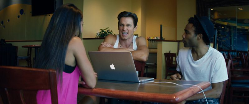 Apple laptops in MAGIC MIKE XXL (2015) Movie Product Placement
