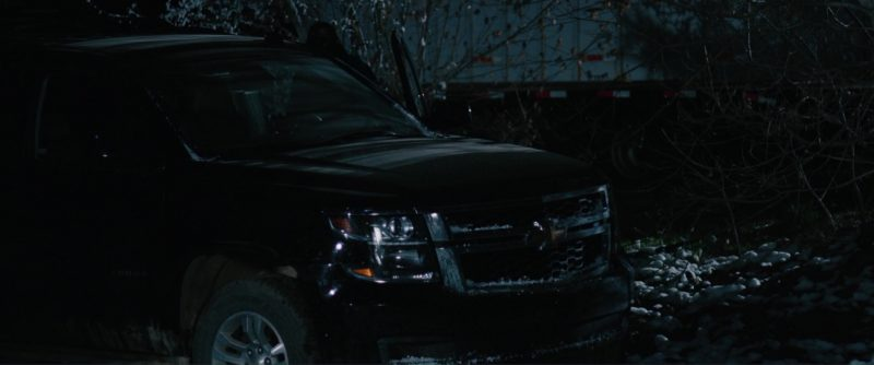 Chevrolet Tahoe full-size SUV in Wind River (2017) Movie Product Placement