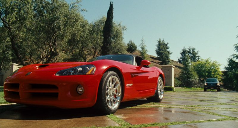 Dodge Viper SRT-10 in ALVIN AND THE CHIPMUNKS (2007) Movie Product Placement