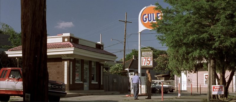 Gulf Oil in Monster's Ball (2001) Movie Product Placement
