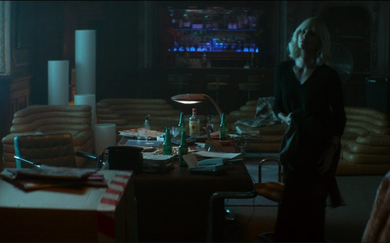 Heineken Beer and Finsbury Distilled London Dry Gin in Atomic Blonde (4)