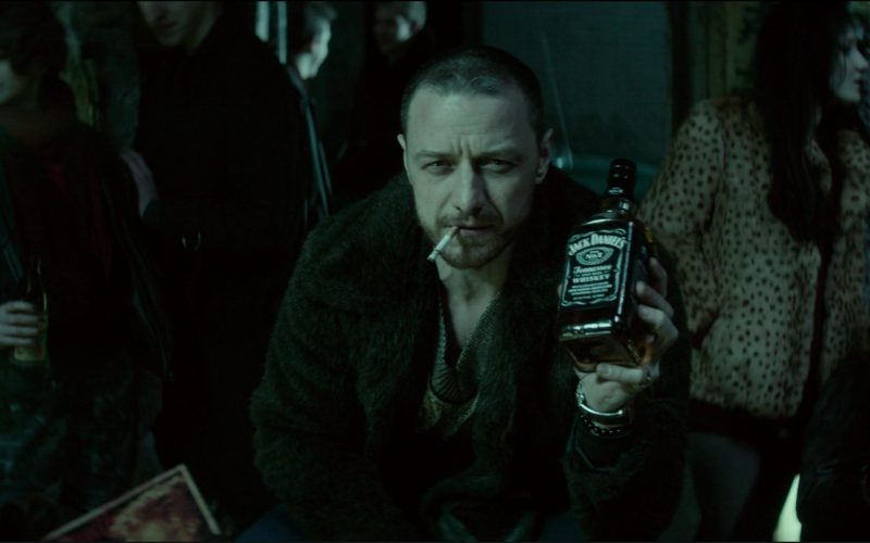 Jack Daniel's Whiskey in Atomic Blonde (4)