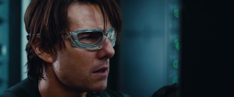 Oakley Wind Jacket Glasses worn by Tom Cruise in Mission: Impossible - Ghost Protocol (2011) - Movie Product Placement