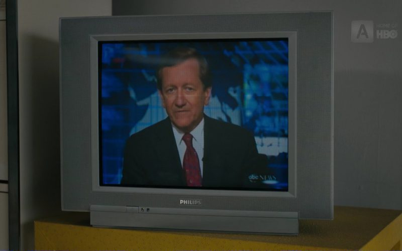 Philips TV in The Wizard of Lies (2017)
