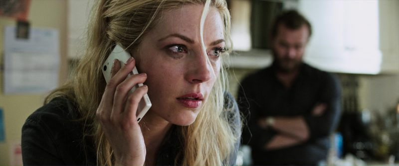 Sony Xperia Smartphone (White) Used by Katheryn Winnick in The Dark Tower (2017) Movie Product Placement