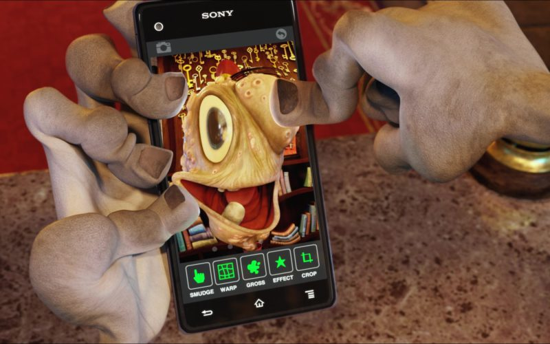 Sony Xperia mobile phones in Hotel Transylvania 2 (4)