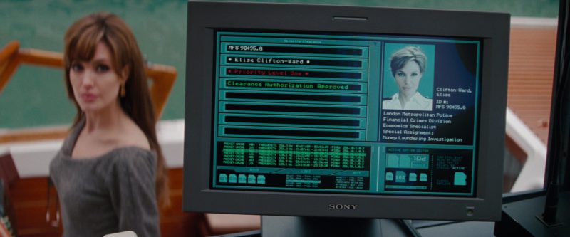 Sony monitors in THE TOURIST (2010) Movie Product Placement