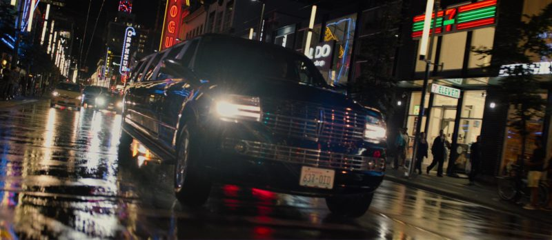 Aldo And 7-Eleven Stores (Signs) in Death Note (2017) - Movie Product Placement